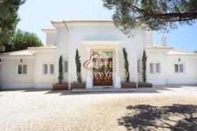 Algarve                Villa                 for sale                 Fonte Santa,                 Loulé
