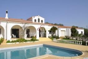 Algarve                 Moradia                  para venda                  Boliqueime,                  Loulé
