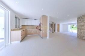 Algarve                 Maison                  à vendre                  ,                  Loulé