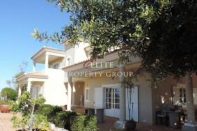 Algarve                Moradia                 para venda                 Santa Bárbara de Nexe,                 Loulé