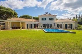 Algarve                 Villa                  till salu                  Fonte Santa,                  Loulé