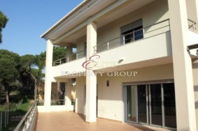 Algarve                 Moradia                  para venda                  Vilamoura,                  Loulé