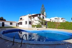 Algarve                别墅                 转让                 Olhos de Água,                 Albufeira