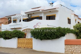 Algarve                 Moradia                  para venda                  ,                  Lagos