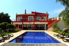 Algarve                Villa                 till salu                 Odiáxere,                 Lagos