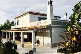 Algarve                huvila                 myytävänä                 S. Sebastião,                 Loulé