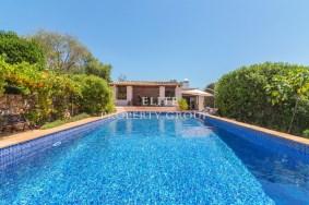Algarve                  Farmhouse                  for sale                  Goldra - Loulé,                  Loulé