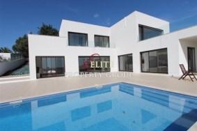 Algarve                Villa                 te koop                 Monte Canelas,                 Portimão
