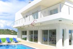 Algarve                  Villa                  for sale                  Portelas,                  Lagos