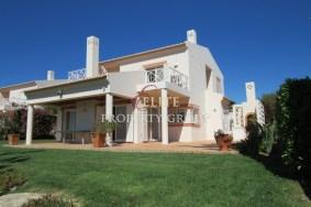 Algarve                 Villa                  till salu                  Vale da Pinta,                  Lagoa