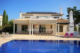 Algarve                 Villa                  til salgs                  Vila Sol,                  Loulé
