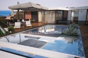 Algarve                 Villa                 for sale                 vale da lapa,                 Lagoa