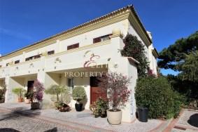 Algarve                 Townhouse                  à vendre                  Pinheiros Altos,                  Loulé