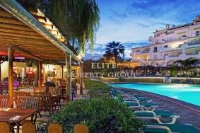 Algarve                 Appartement                  à vendre                  Praia da Luz,                  Lagos