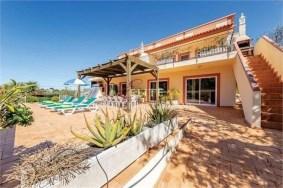 Algarve                 Villa                  te koop                  Estói,                  Faro