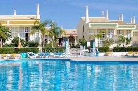 Algarve                 Stadthaus                  zu verkaufen                  São Rafael,                  Albufeira