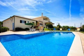 Algarve                 Villa                  till salu                  Algoz,                  Silves
