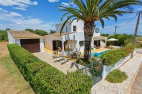 Algarve                 Villa                  til salgs                  Fuseta,                  Tavira