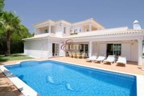 Algarve                 Maison                  à vendre                  Varandas do Lago,                  Loulé