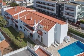 Algarve                 Guest house                  myytävänä                  Albufeira,                  Albufeira