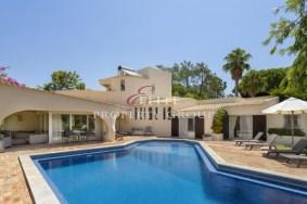 Algarve                 فيلا                  للبيع                  Quinta do Lago,                  Loulé