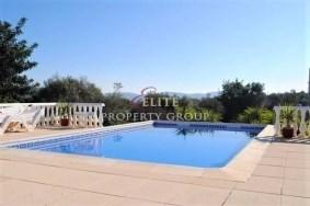 Algarve                 Moradia                  para venda                  Paderne,                  Albufeira