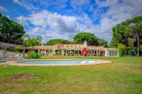 Algarve                 huvila                  myytävänä                  Vale do Garrão,                  Loulé
