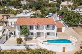 Algarve                 فيلا                  للبيع                  Almancil,                  Loulé