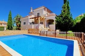 Algarve                 Maison                  à vendre                  Near Almancil,                  Loulé