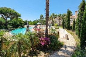 Algarve                 Moradia em Banda                  para venda                  Vila Sol,                  Loulé