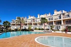 Algarve                 Tussenwoning                  te koop                  Vila Sol,                  Loulé