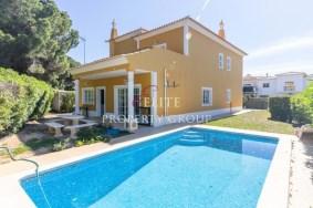 Algarve                 вилла                  для продажи                  Quinta Jacintinha,                  Loulé