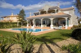 Algarve                 Moradia                  para venda                  Vale da Pinta,                  Lagoa