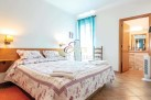 Algarve guest house / b+b for sale Estoi, Faro