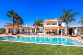 Algarve                 Chalet                 en venta                 Atalaia,                 Lagos
