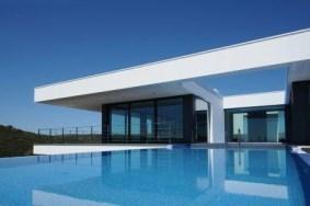 Algarve                 Einfamilienhaus                  zu verkaufen                  Bensafrim,                  Lagos