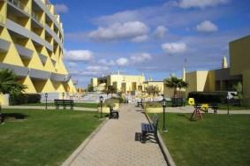 Algarve                 Apartamento                 para venda                 Meia Praia,                 Lagos