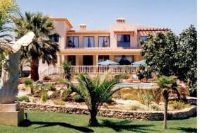 Algarve                 Villa                 for sale                 Caramujeira,                 Lagoa