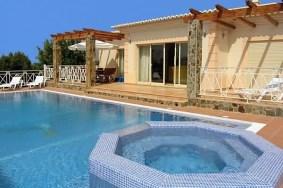 Algarve                  Villa                  for sale                  Sesmarias - Carvoeiro,                  Lagoa