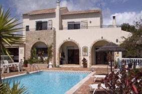 Algarve                 Maison                  à vendre                  Monte Canelas,                  Portimão