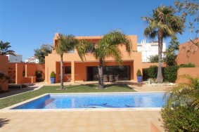 Algarve                 Villa                 for sale                 Ameijeira,                 Lagos