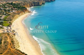 Algarve                 Lote                  para venda                  Porto de Mós,                  Lagos