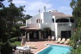 Algarve                Villa                 te koop                 Vale do Garrão,                 Loulé
