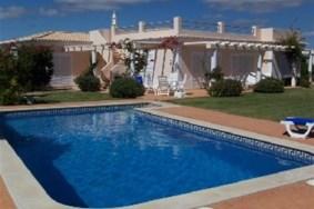 Algarve                 Villa                 for sale                 Carvoeiro,                 Lagoa